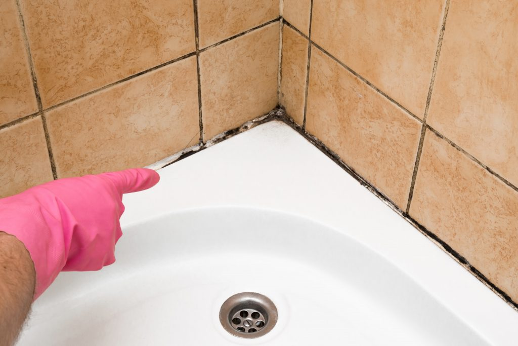 kaip panaikinti pelesi vonioje